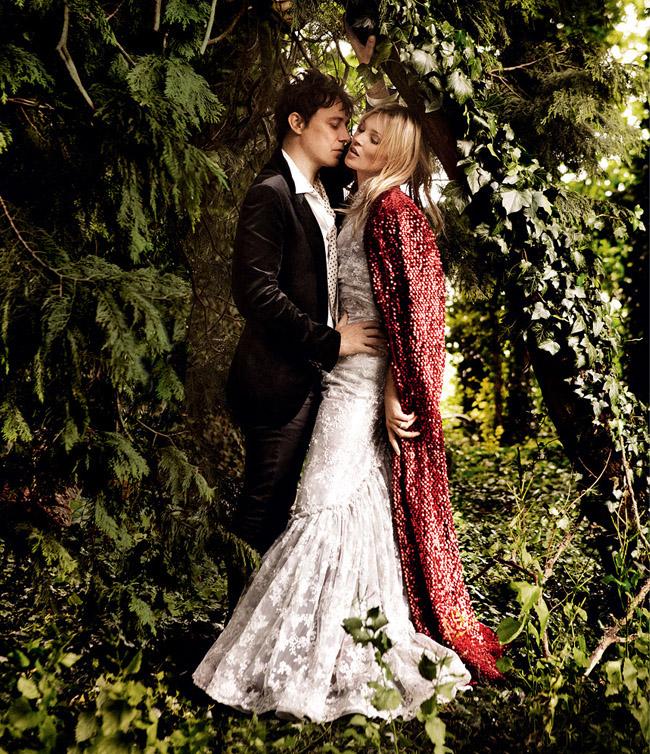Cупер свадьба Кейт Мосс в стиле чисто английского романтизма.