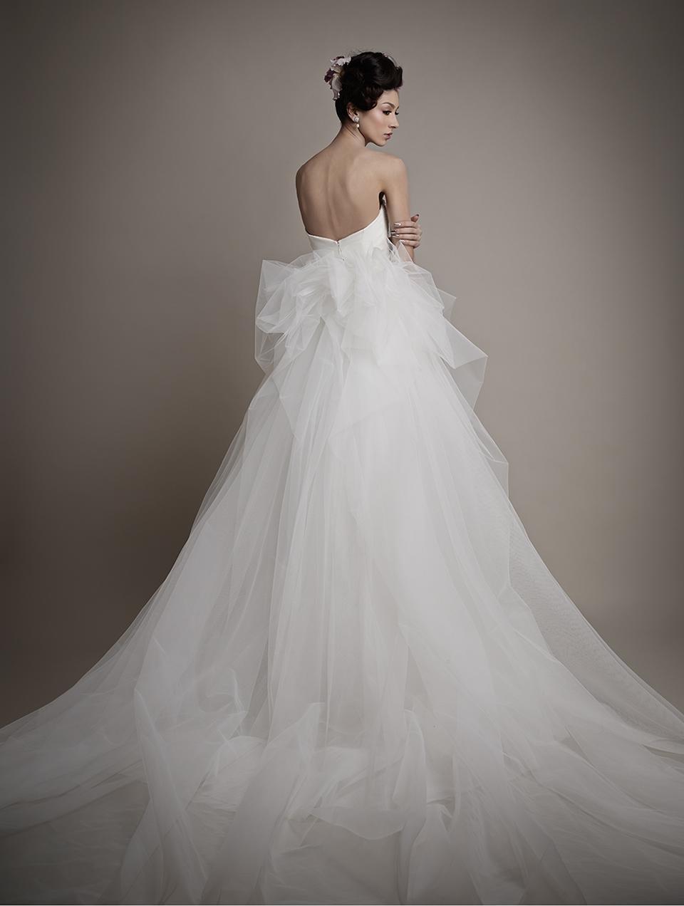 Коллекция свадебных платьев 2015 года от Ersa Atelier9-1