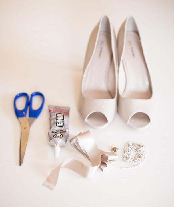 349 Мастер-класс: изящный бантик для свадебных туфель