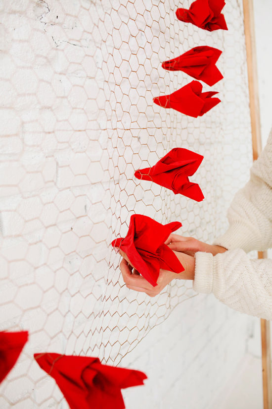 Kreativnye-foto-zony-na-svadbe-4 Креативные фотозоны на свадьбе: делаем ее веселой и креативной!