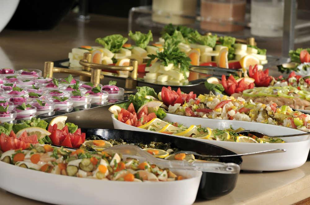 ugoshheniya-na-svadbu Чем угощают гостей на свадьбе по всему миру? часть 1