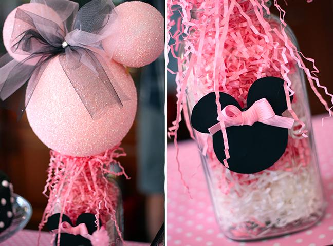 dekor-dlya-kendi-bara-minni-maus Нежный Кэнди Бар в стиле Минни Маус для свадебного торжества