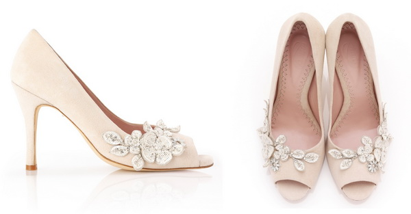 tufli-bezhevogo-tsveta-na-svadbu Бежевые туфли для невесты, стоит ли покупать?