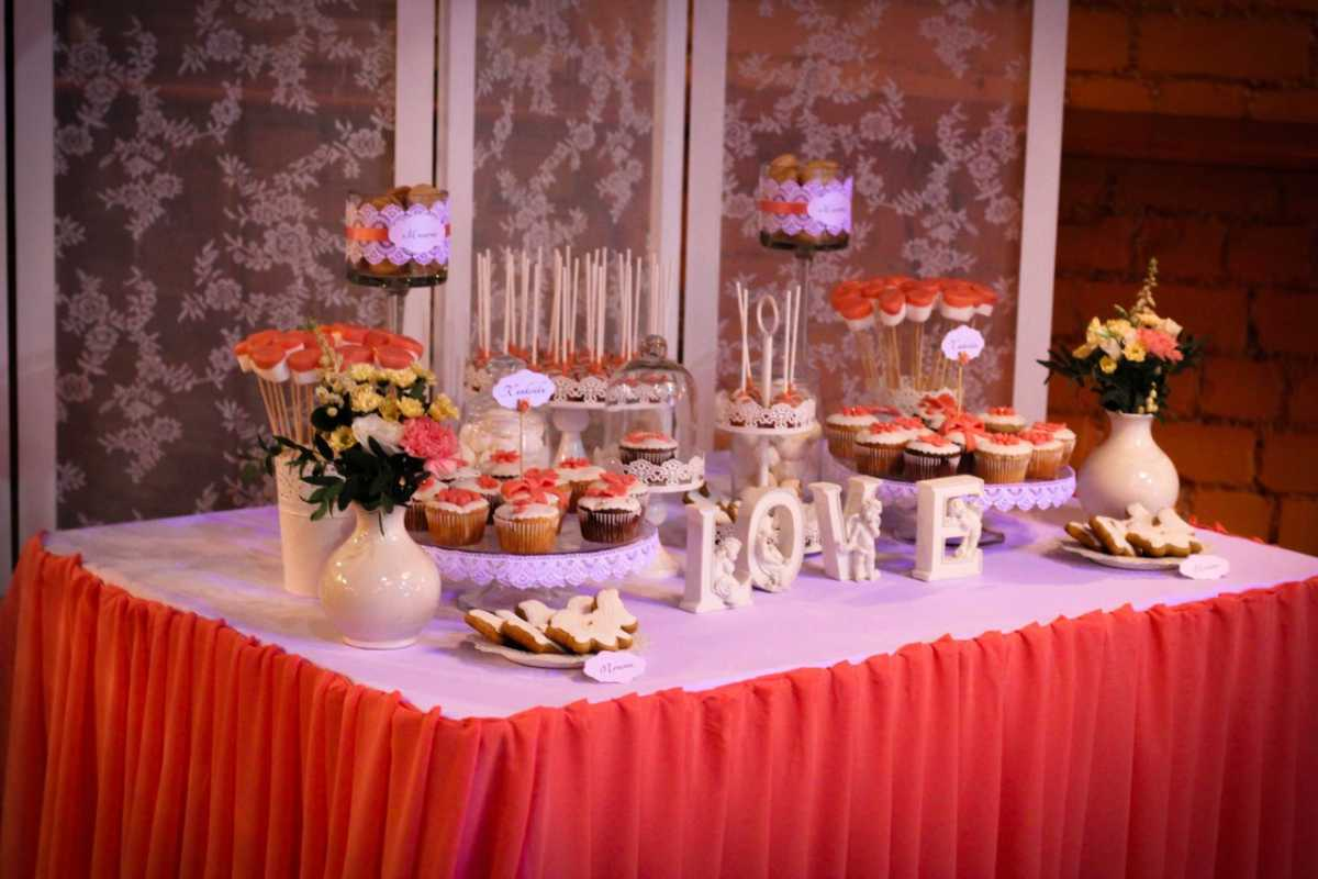Oformlenie-svadebnyh-banketov-kak-sposob-zarabotat-5 Оформление свадебных банкетов, как способ заработать