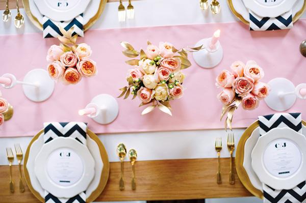 svadba-v-stile-valentina-4 Нежное сочетание стиля рустик и розового цвета на свадьбе в День Святого Валентина