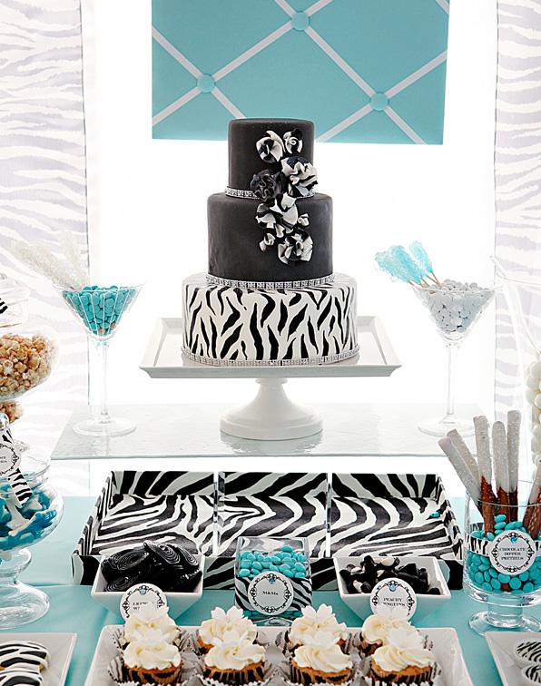 """1-svadebnyj-Kendi-Bar-zebra Сладкий свадебный Кэнди Бар в стиле """"Зебра"""", оставайтесь в тренде и следуйте за стилем сафари"""