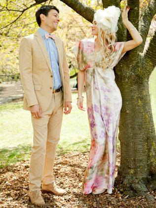 1123svadebnie-platya-s-cvetochnym-printom Свадебные платья с цветочным принтом, очаровательный и модный тренд в свадебной моде