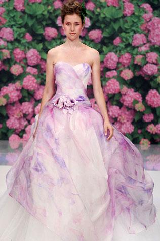 23456-svadebnie-platya-s-cvetochnym-printom Свадебные платья с цветочным принтом, очаровательный и модный тренд в свадебной моде