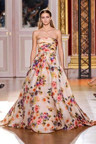 511-svadebnie-platya-s-cvetochnym-printom Свадебные платья с цветочным принтом, очаровательный и модный тренд в свадебной моде