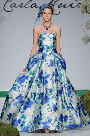 5478svadebnie-platya-s-cvetochnym-printom Свадебные платья с цветочным принтом, очаровательный и модный тренд в свадебной моде