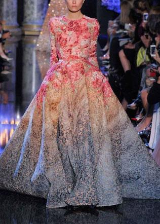 wedding-212-svadebnie-platya-s-cvetochnym-printom Свадебные платья с цветочным принтом, очаровательный и модный тренд в свадебной моде
