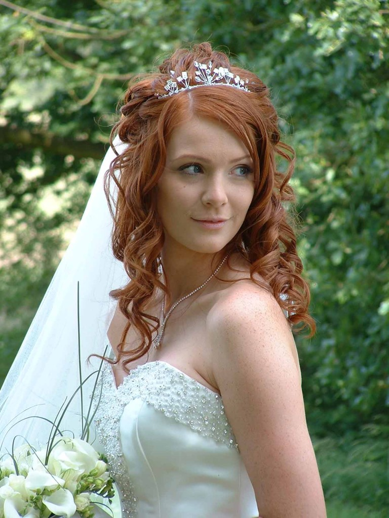 06-768x1024 Завиток к завитку - свадебная прическа для длинных волос