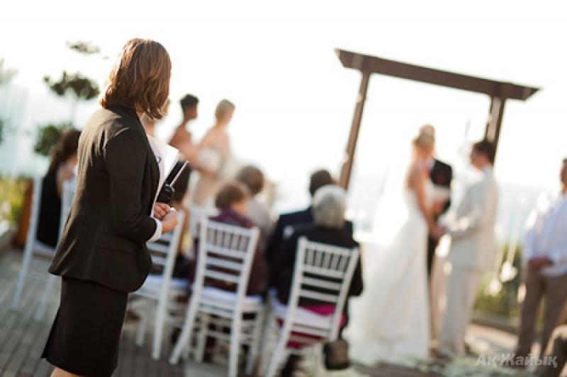 Свадебный распорядитель. Зачем он нужен на любой свадьбе и почему стоит его нанять