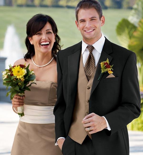 kost4 Мужчина «с иголочки» - как выбрать костюм для жениха - правила выбора мужского костюма для свадьбы