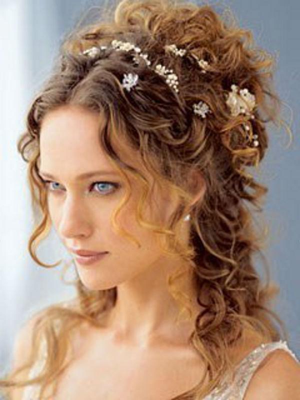 Svadebnaya-pricheska-v-Grecheskom-stile-b-1 Основные стили свадебных причесок.