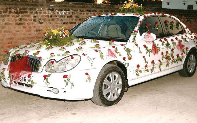 Как украсить машину на свадьбу своими руками красиво