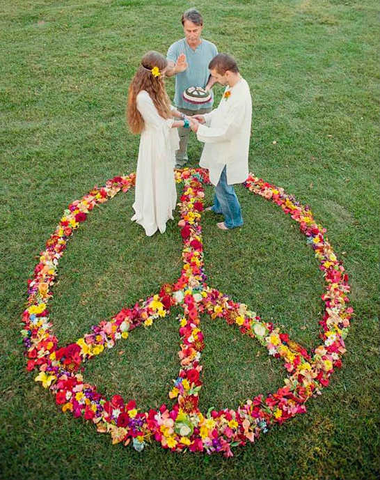 Свадьба в стиле хиппи: соприкосновение  с природой и свобода в декоре свадьбы