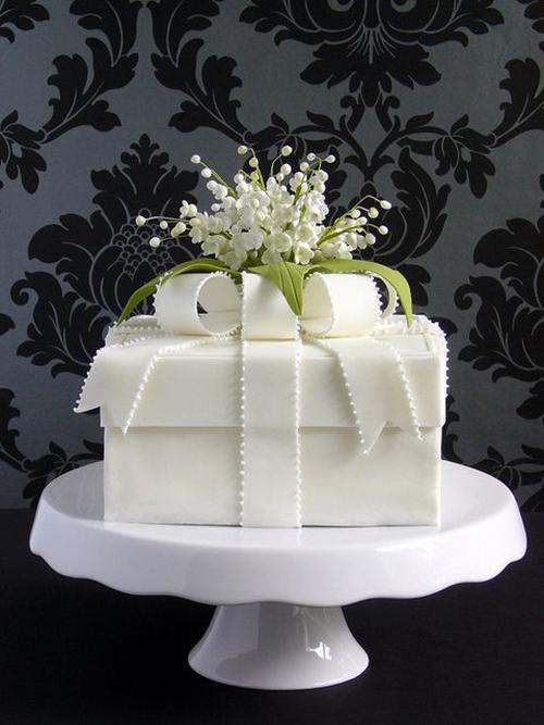 Idei-dlya-zimnej-svadby-tort-podarok3 Идеи для зимней свадьбы: торт подарок