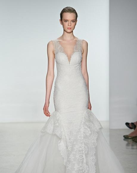 Kak-vybrat-svadebnoe-plate-po-tipu-figury-CHast-2-7 Платье по фигуре - рекомендации по выбору свадебного платья в соответствии с типом фигуры