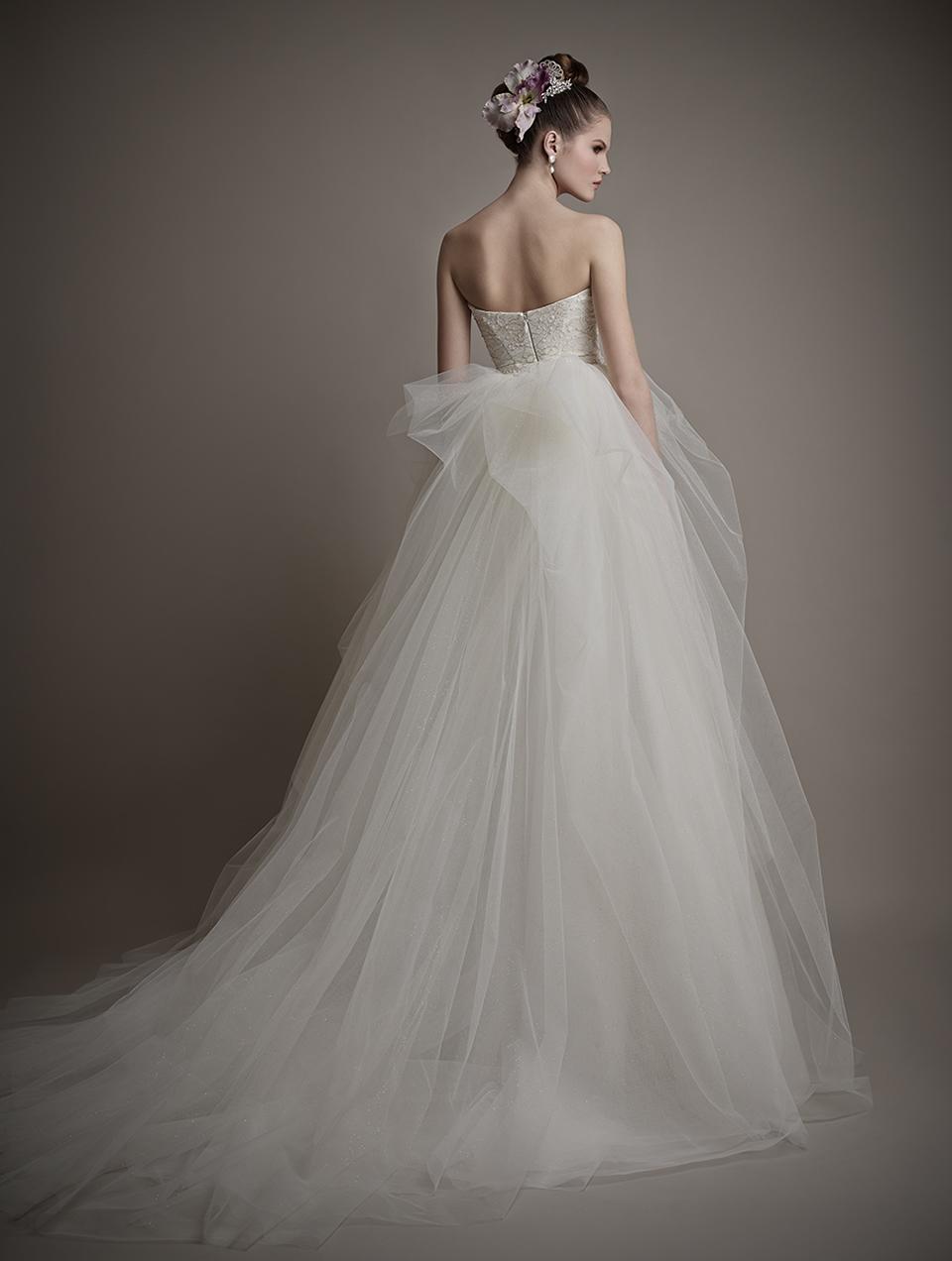 Коллекция свадебных платьев 2015 года от Ersa Atelier5-1