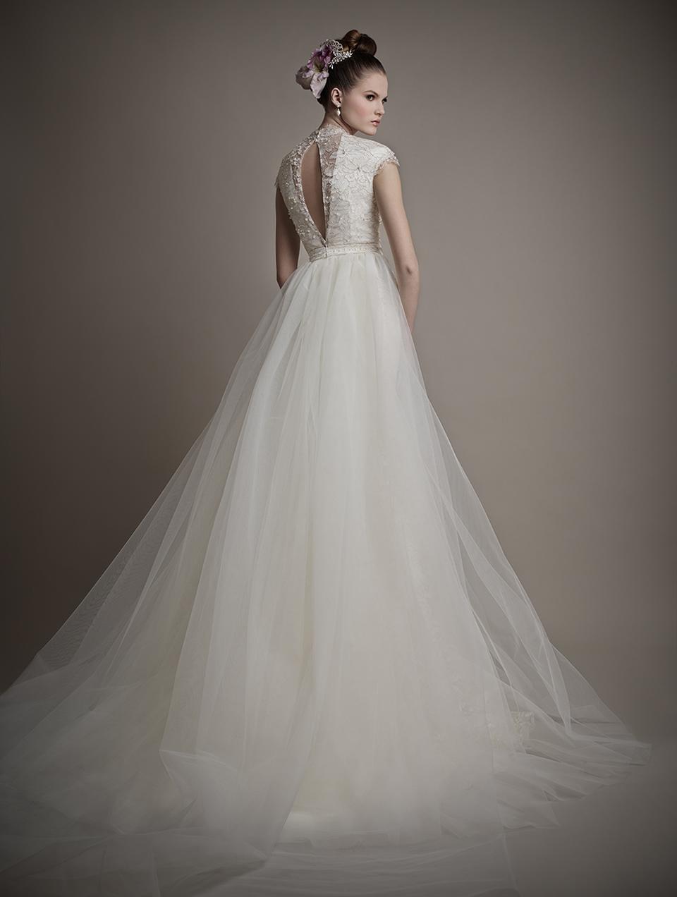 Коллекция свадебных платьев 2015 года от Ersa Atelier6-1