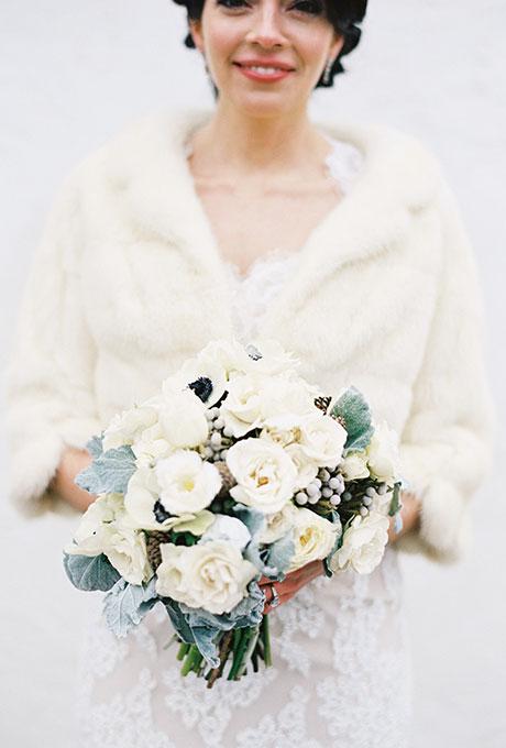 Zimnie-svadebnye-bukety2 Зимние свадебные букеты: выбираем зимний букет