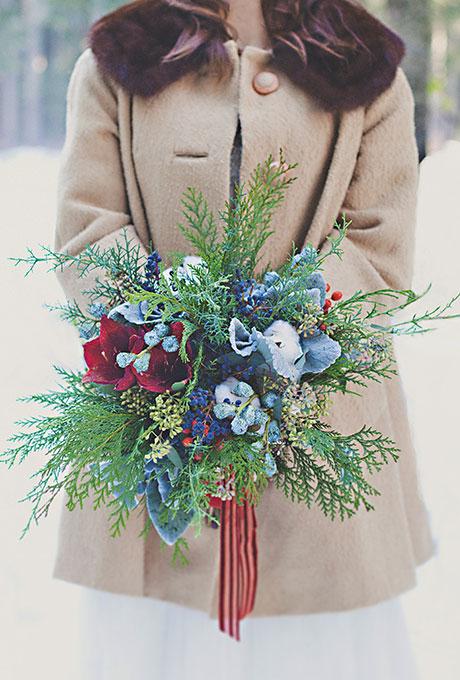 Zimnie-svadebnye-bukety5 Зимние свадебные букеты: выбираем зимний букет