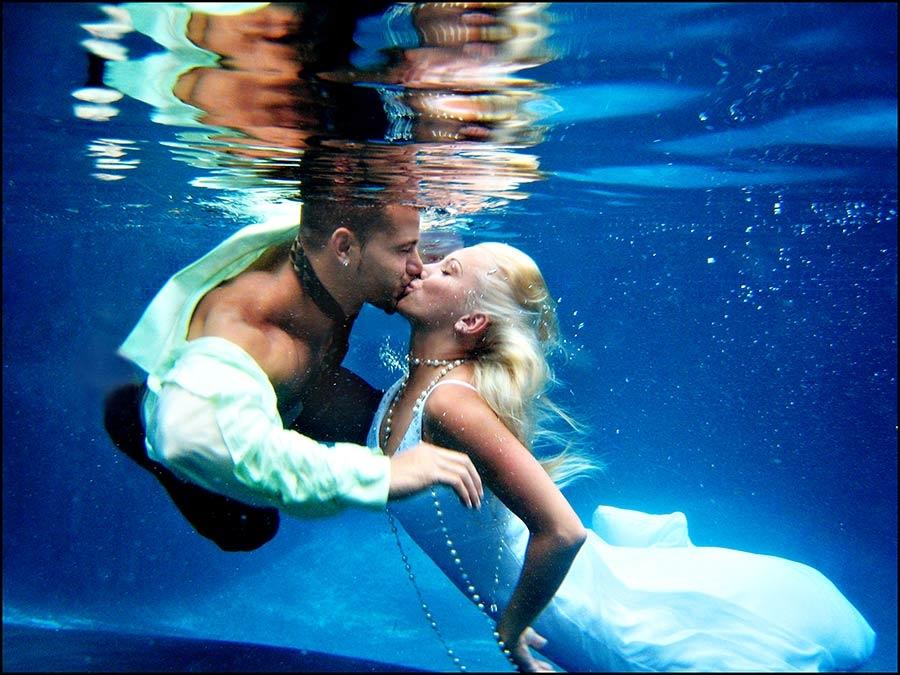 svadba-pod-vodoj Свадебная фотосессия под водой