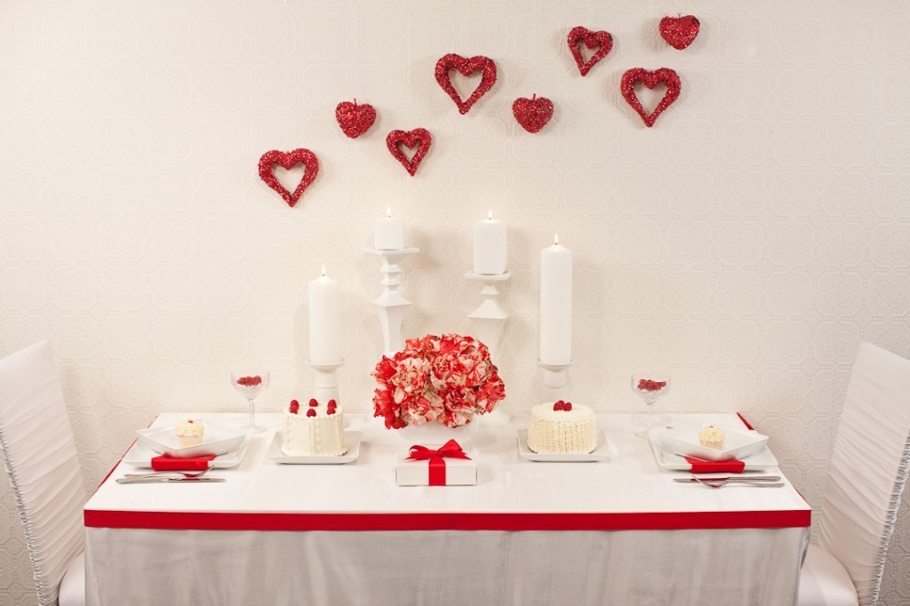 16 Нежная и страстная свадьба в красно-белом цвете