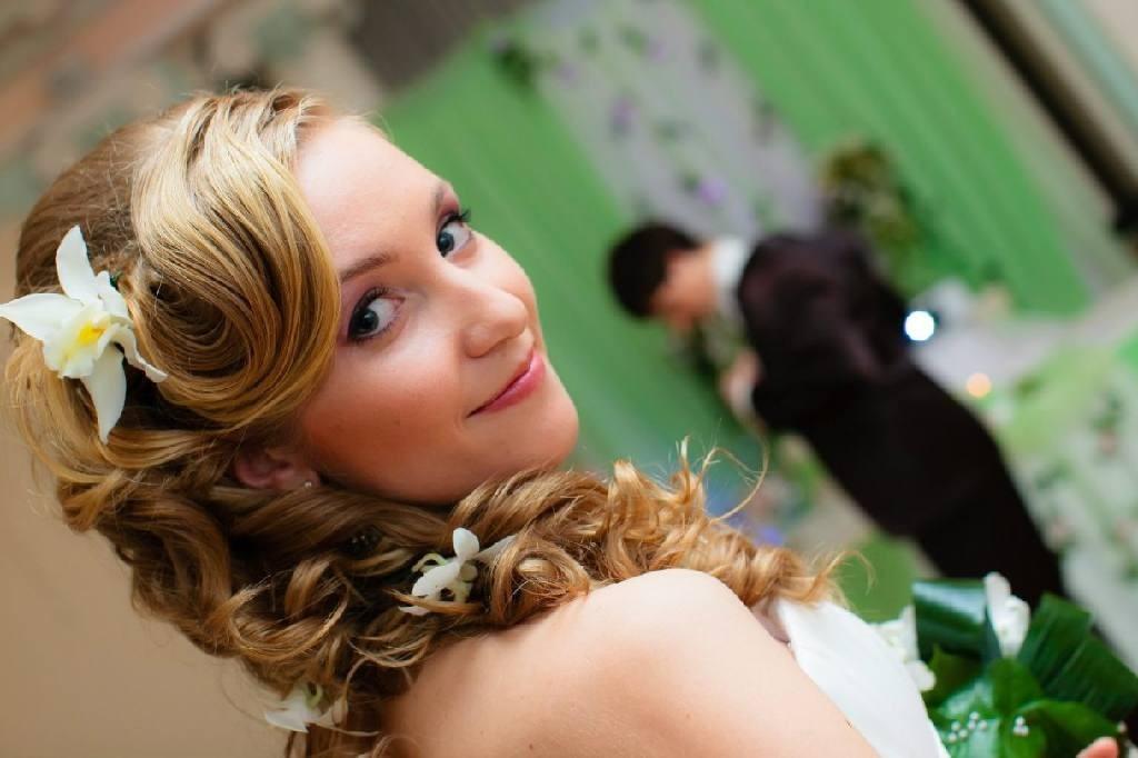 2116-1024x682 Свадебная прическа своими руками