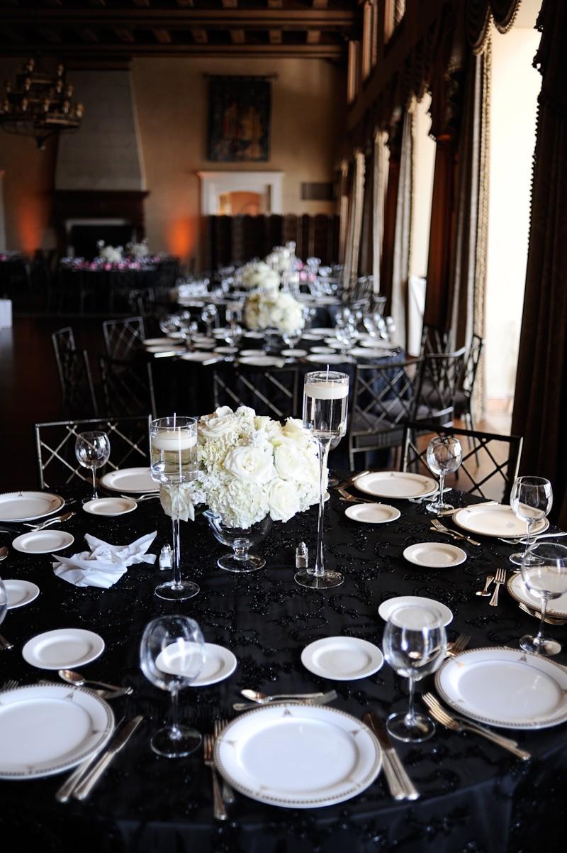 Свадьба в черно-белом цвете: просто и со вкусом
