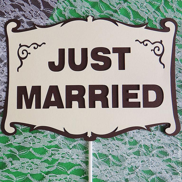 Мастер-класс: гирлянда «Just Married» для свадебного кортежа своими руками.