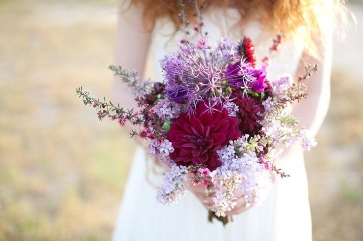 rastrepannyj-buket-nevesty Мода на «растрепанные» свадебные букеты