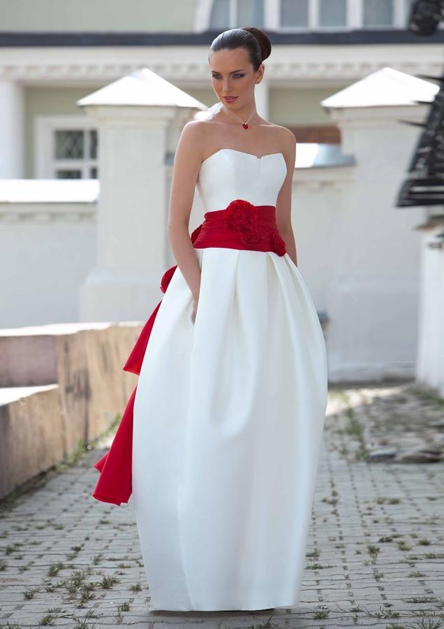 svadebnoe-plate-tyulpan Фасон свадебного платья тюльпан – один из самых модных трендов 2015 года