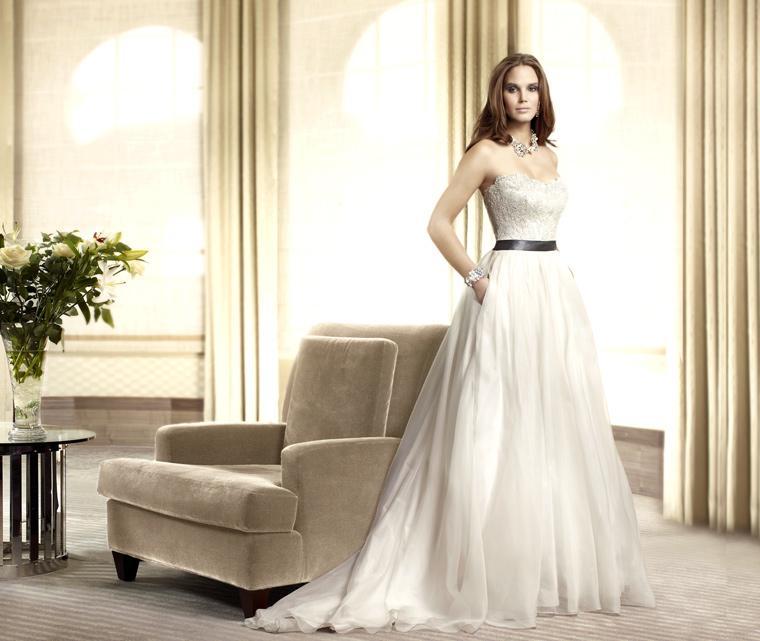 138322396 Фотоподборка свадебных платьев с карманами