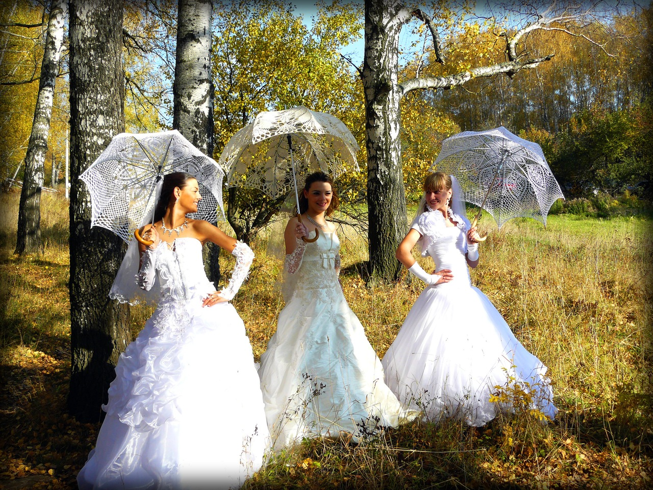Свадебный зонтик –  интересный аксессуар на свадьбу