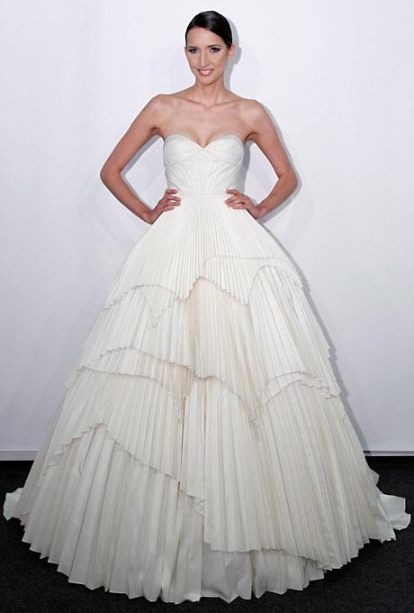 Svadebnye-torty-pohozhie-na-svadebnye-platya5 Свадебные торты похожие на свадебные платья