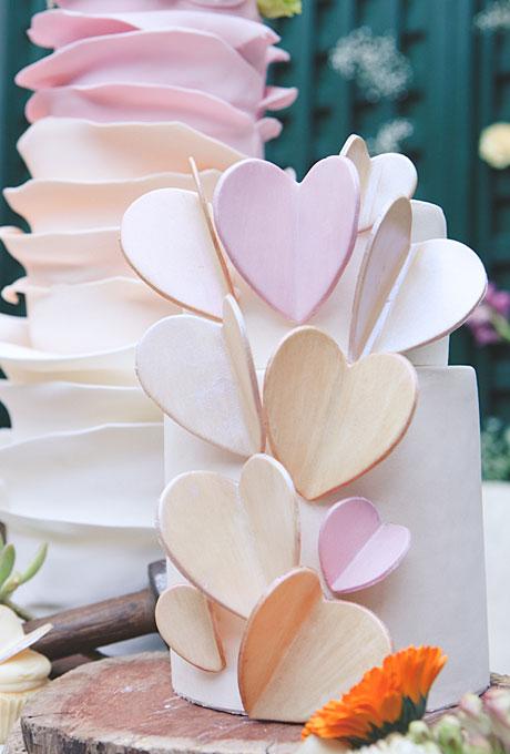 serdtse2 Тематические свадебные торты: сердце