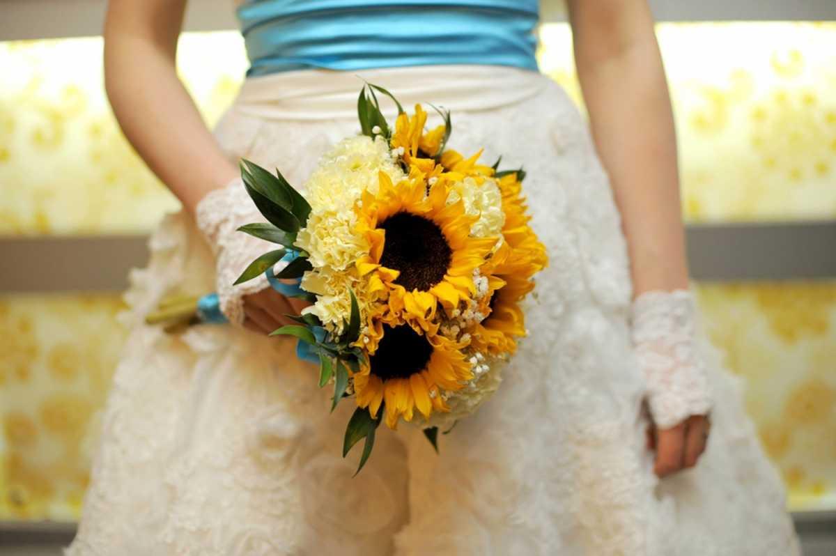 Свадебные букеты с подсолнухами