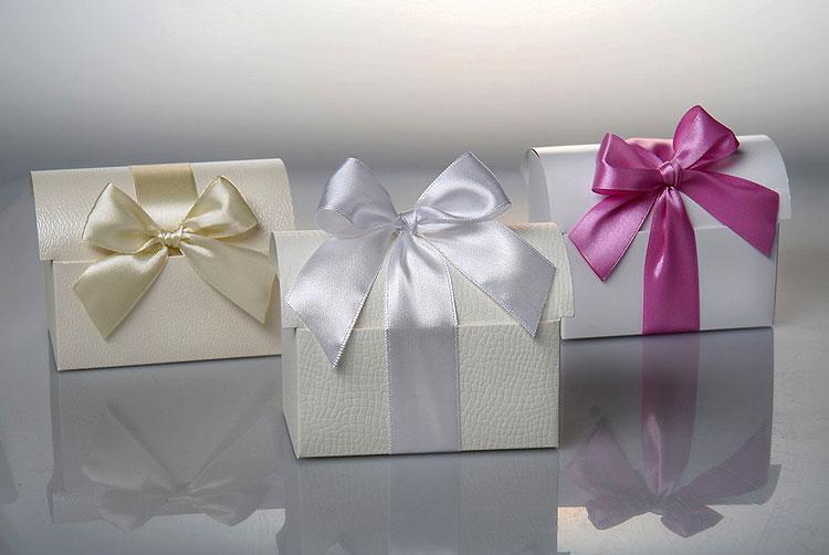 1-bonbonerki-v-forme-sunduchka Выбираем стиль свадебных бонбоньерок
