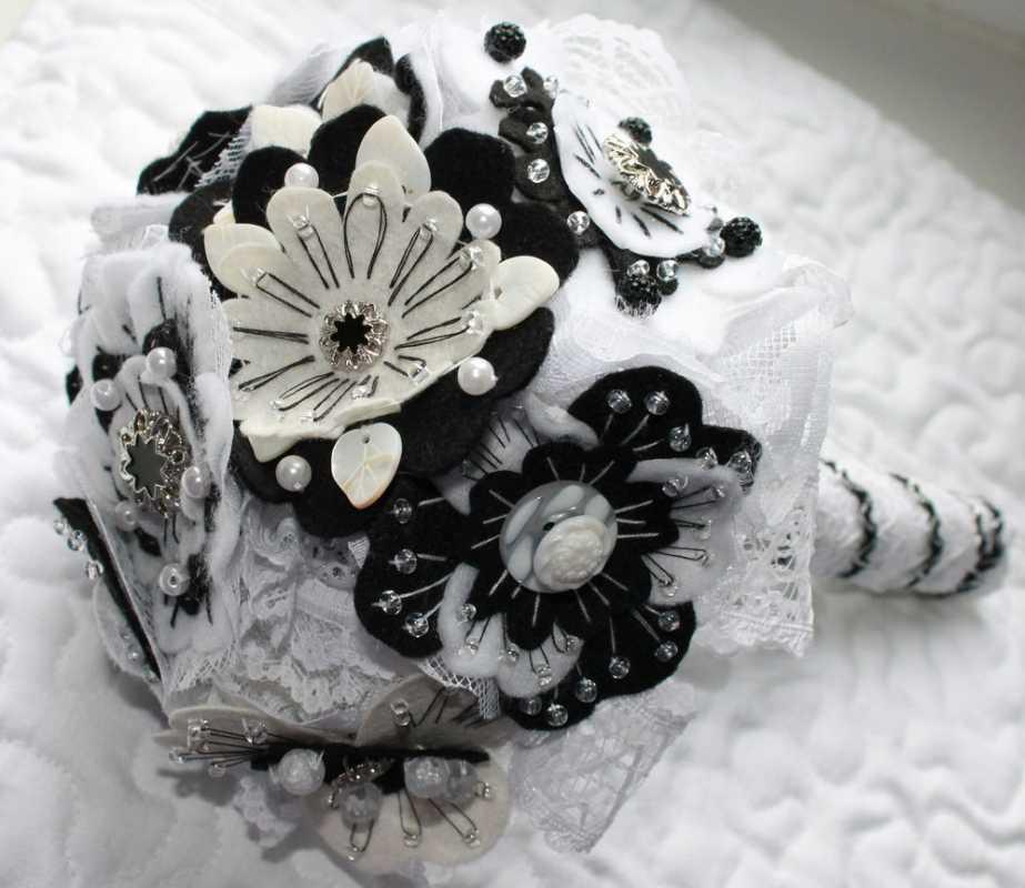 7-chernoe-belyj-buket-dlya-svadby Подбираем черно-белый декор для стильной свадьбы
