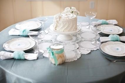 azhurnyj-dekor-stola-salfetkami Ажурные салфетки для создания декора и украшений для свадьбы