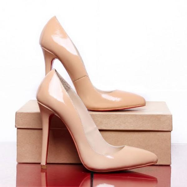 bezhevye-klassicheskie-tufli Бежевые туфли для невесты, стоит ли покупать?
