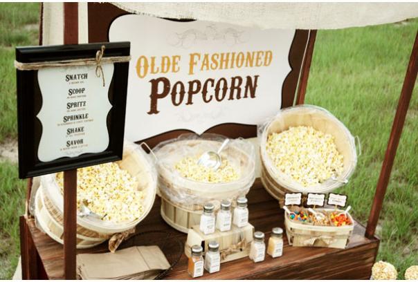 dekor-popkorn-bara Попкорн бар - один из вариантов свадебного десертного стола