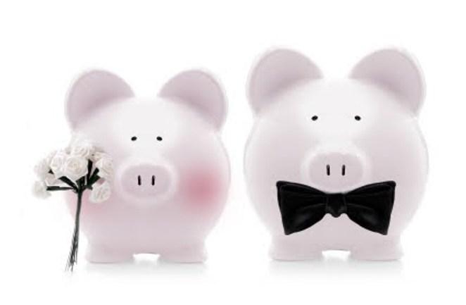 Что делать и как сэкономить бюджет, если совершенно нет денег на организацию свадьбы?
