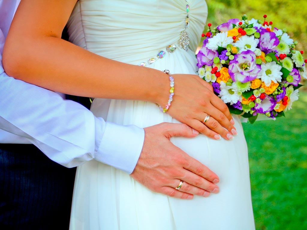 Невеста на свадьбе сказала что беременна 18