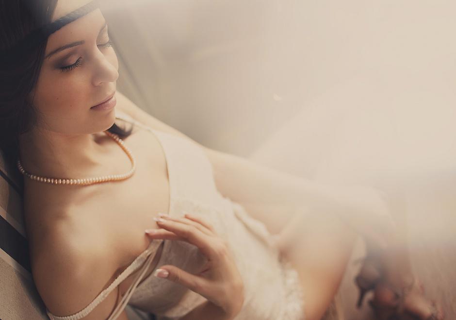 Будуарная фотосессия невесты, как подарок жениху