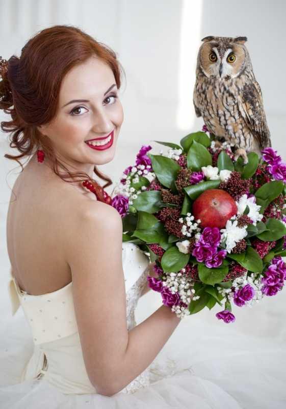 fotosessiya-nevesty-s-sovoj Удивительная свадебная фотосессия с живыми совами