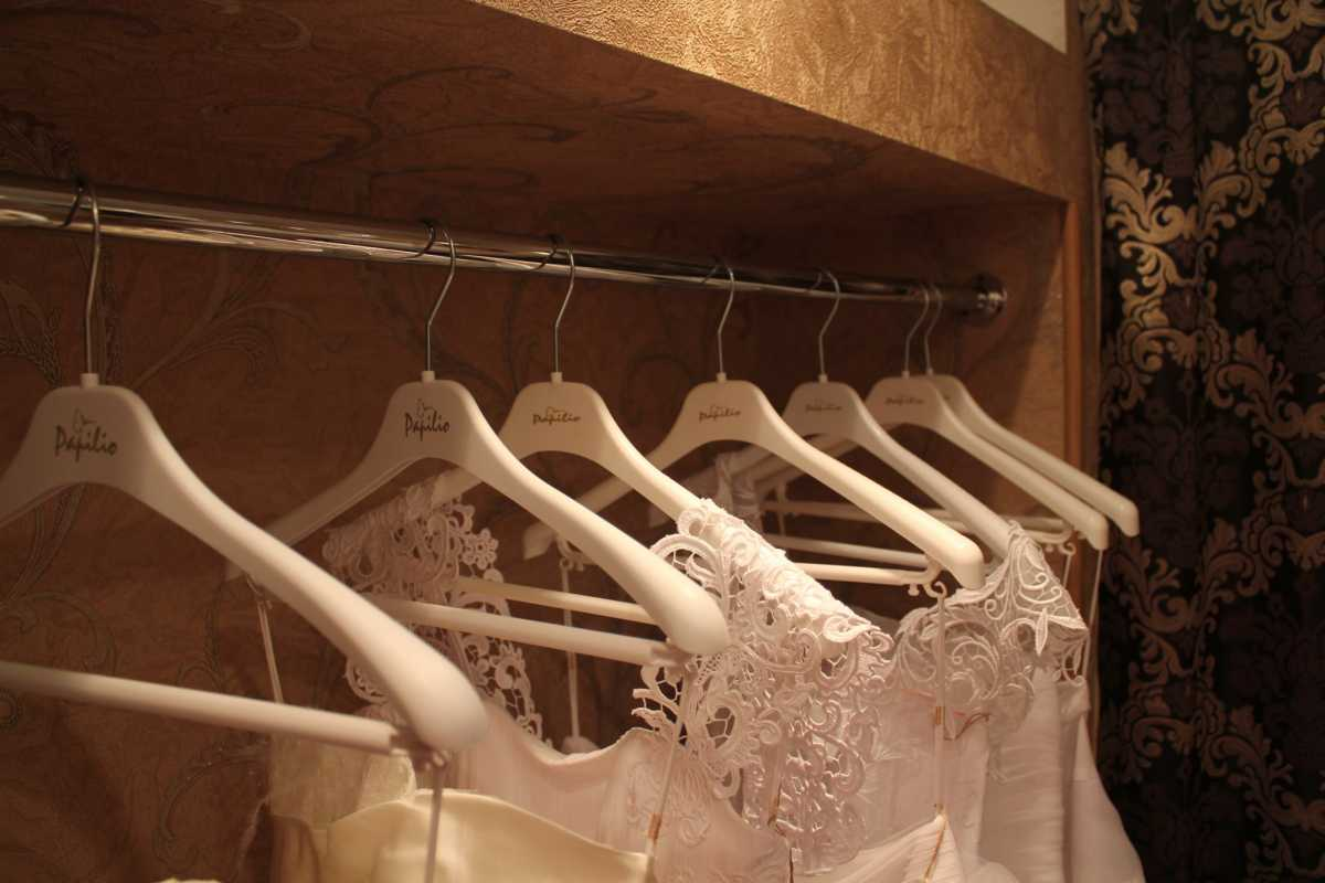 kak-kupit-noshennoe-svadebnoe-plate Покупка свадебного платья с рук