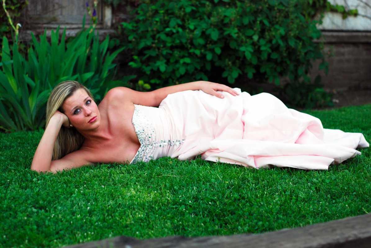 """kak-kupit-svadebnoe-plate-s-ruk """"Подводные камни"""" при покупке свадебного платья с рук, на что обратить внимание"""